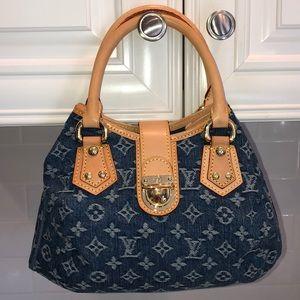 Louis Vuitton Authentic Denim Pleaty Shoulder Bag